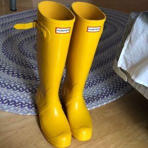 2cb3edf49a Women Shoes Winter & Rain Boots on Poshmark